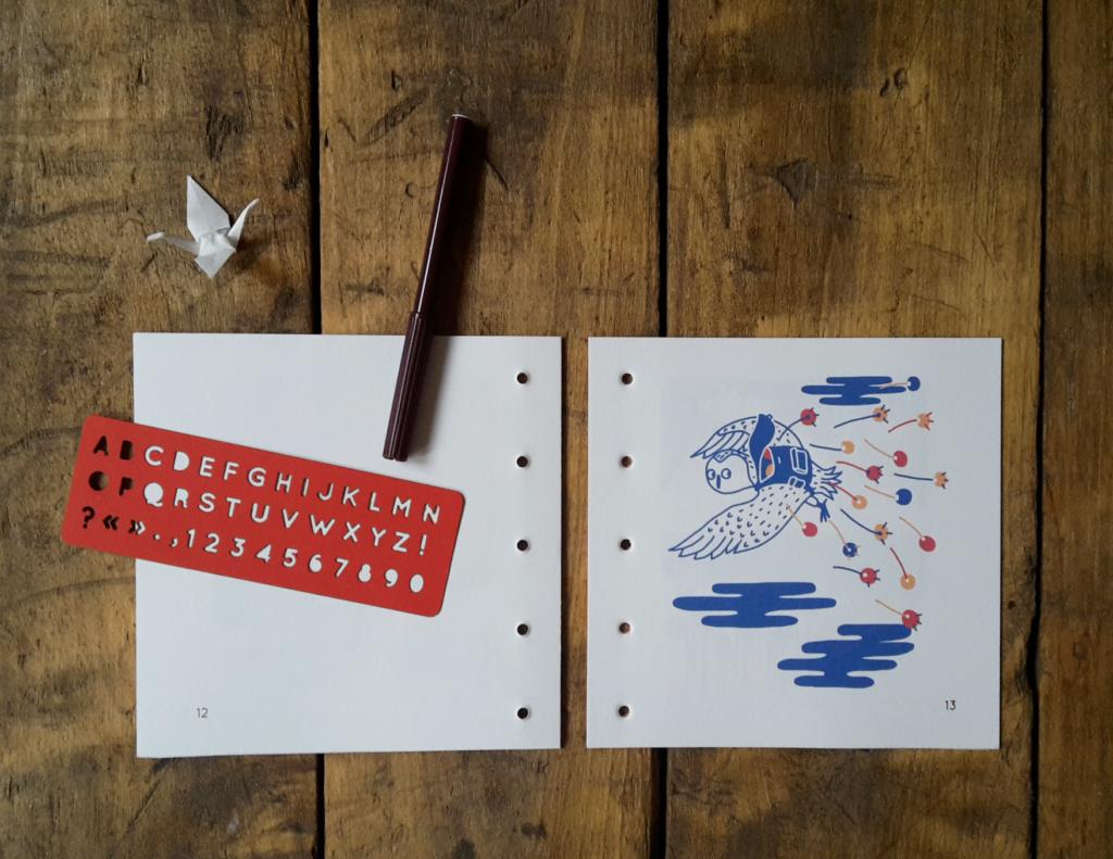 livre à éditer et à écrire, pochoir alphabet