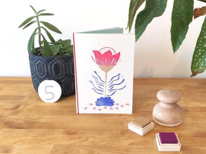 carte fleur bleue, rouge