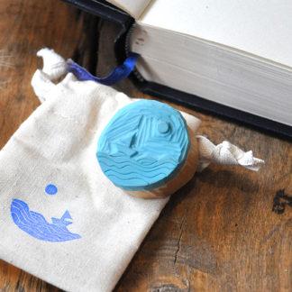 tampon ex-libris mer, bateau, soleil pour vos livres, documents